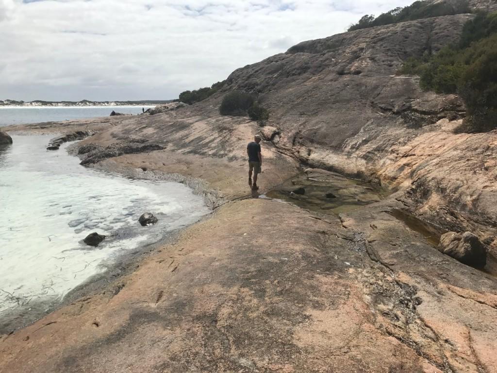 Lucky Bay, Hike