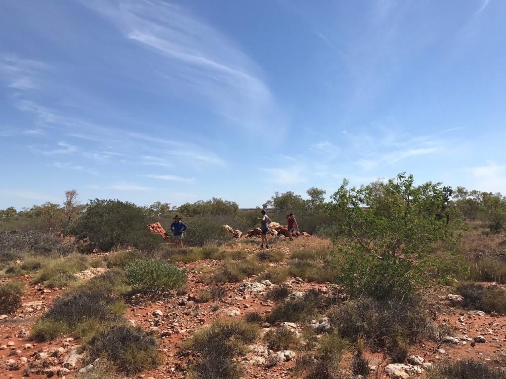 Joyce, Jen and Indya collecting rocks at the Quarry, Giralia WA